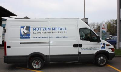 Auto-Beschriftung für Industriefahrzeug