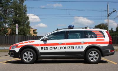Auto-Beschriftung für Polizeifahrzeug